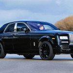 Na vlně SUV se chce svézt i Rolls-Royce