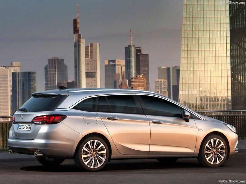 Opel-Astra_Sports_Tourer_2016_800x600_wallpaper_08