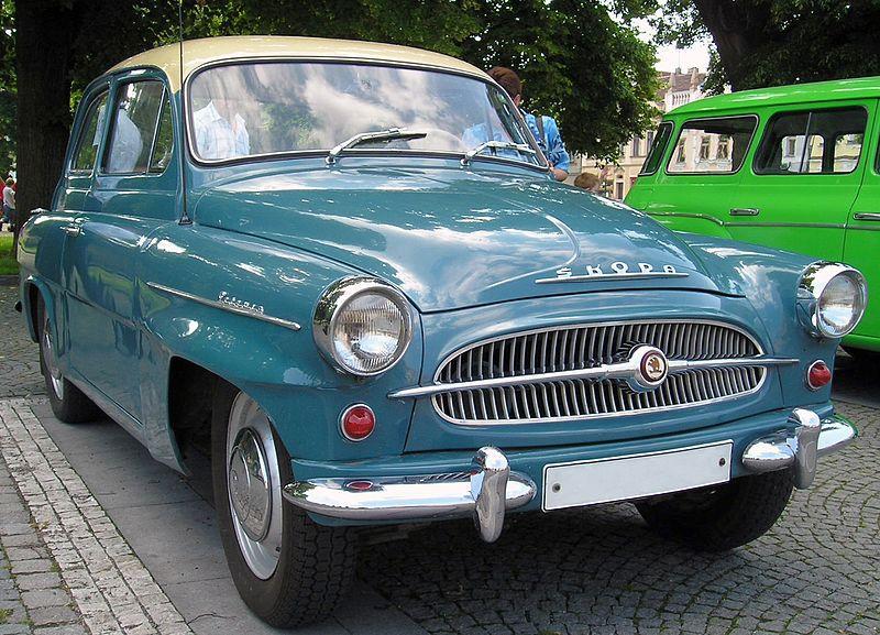800px-ŠkodaOctavia(1959-1971)inVM9.6.2007