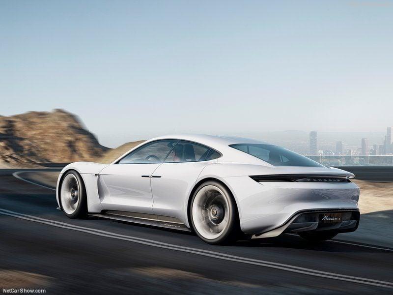 Porsche-Mission_E_Concept_2015_800x600_wallpaper_03