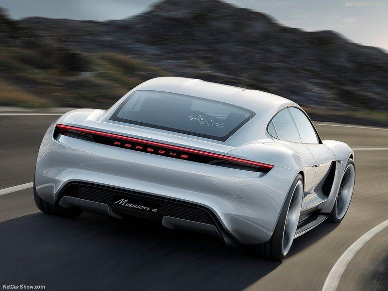 Porsche-Mission_E_Concept_2015_800x600_wallpaper_05