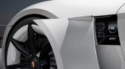 Porsche-Mission_E_Concept_2015_800x600_wallpaper_09