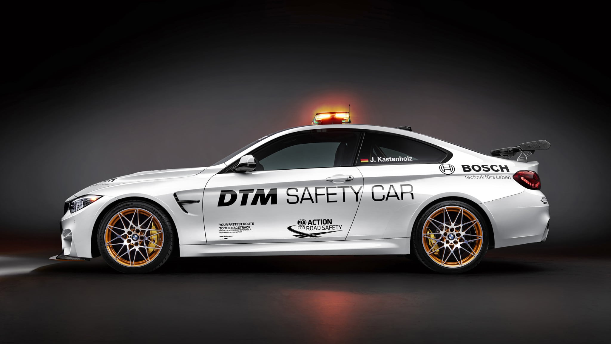 p90217508-highres-bmw-m4-gts-dtm-safet-1