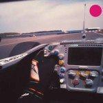 Čemu věnuje pozornost pilot F1 během jízdy? To se budete divit.