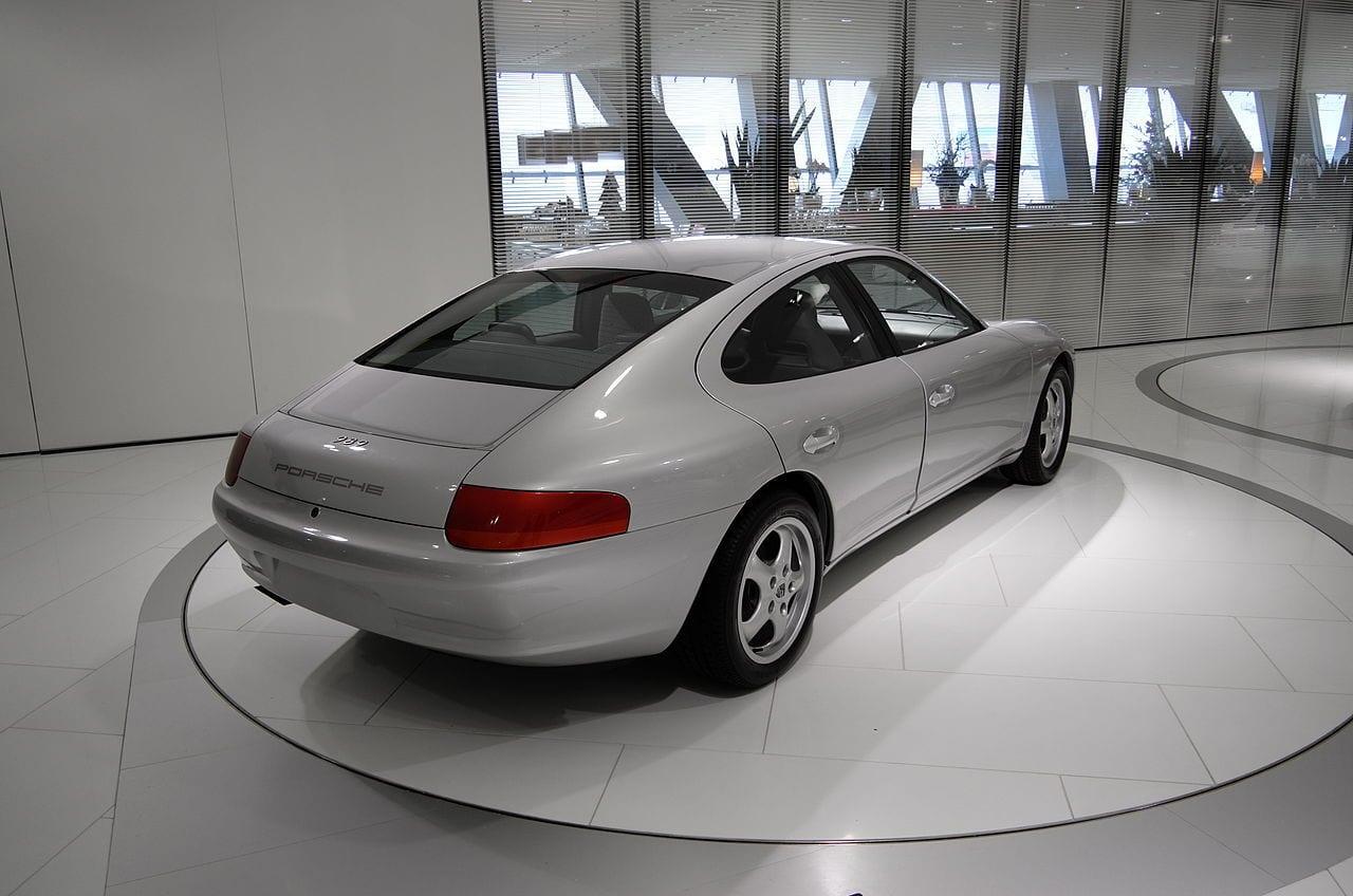 Porsche_989_Prototyp_schräghinten