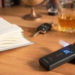 Alkohol testery se stávají nedílnou součástí řidičovy výbavy