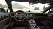 2017-Porsche-Panamera-4S-Diesel-interior