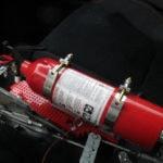 Hasící přístroj v autě: výmysl či naprostá nezbytnost?