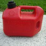 Co se starým benzínem? Může poškodit auto?