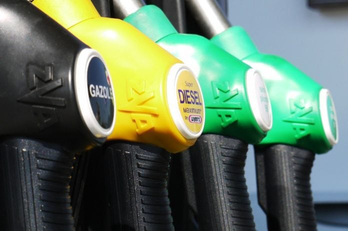 Cena benzínu