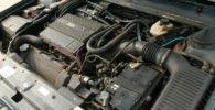 Peugeot_605_V6_engine