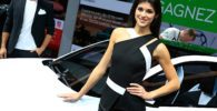 the-girls-of-the-paris-motor-show_27