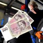 Kolik stojí přezutí pneumatik na zimní?