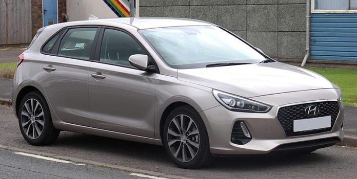 Hyundai i30 - manuál k obsluze