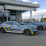 Policie ČR dostala hybridní vozy BMW 745Le