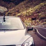 Co je do auta lepší – kamera palubní desky nebo kamera outdoorová?