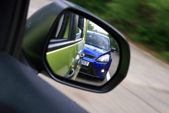 Bezpečná vzdálenost mezi vozidly