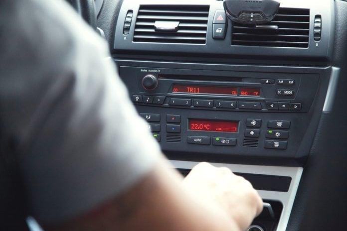 interiér vozidla_BMW_PR